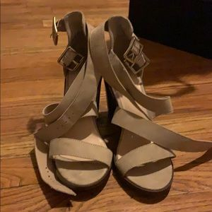 Size 7 strappy sandal
